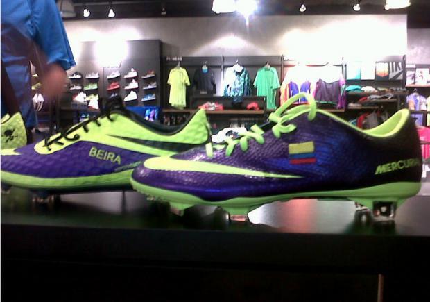 Estos son los zapatos de Enner Valencia en la tienda de Nike. Foto   cortesía Nike Ecuador. 8846578b868ce