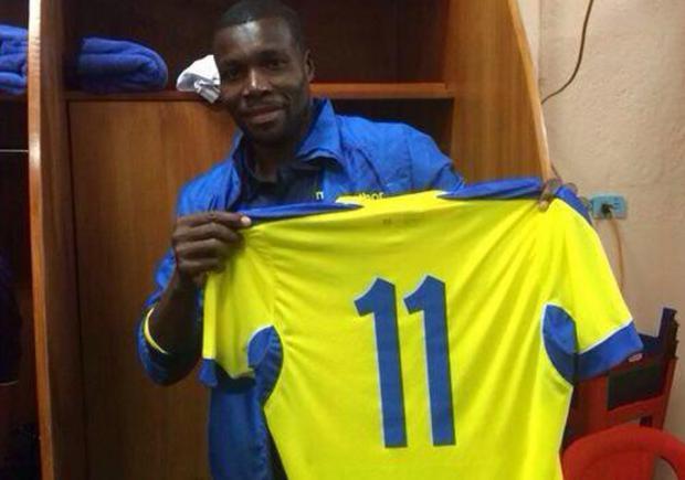 29999fe2f93 Carlos. Carlos Tenorio usará la camiseta del 'Chucho' Benítez ...
