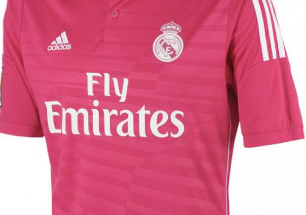 La camiseta fucsia del Real Madrid genera polémica  dd9f4ea24340e