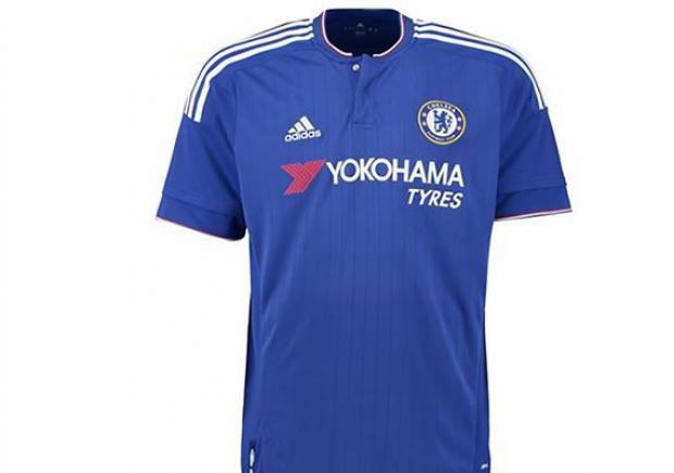 5a379b284 La nueva camiseta del Chelsea fue presentada este jueves 16 de julio.