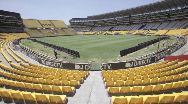 Resultado de imagen de estadio monumental de barcelona