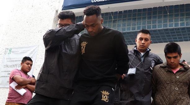 Renato Ibarra es absuelto por violencia doméstica, el ecuatoriano ha cumplido con todo lo ordenado por el juez