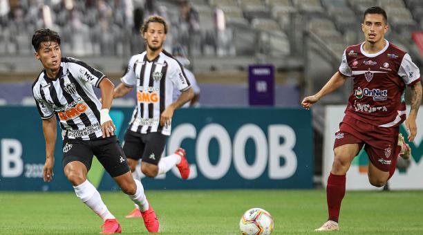 Alan Franco fue expulsado en la victoria del Atlético Mineiro   Bendito  Fútbol