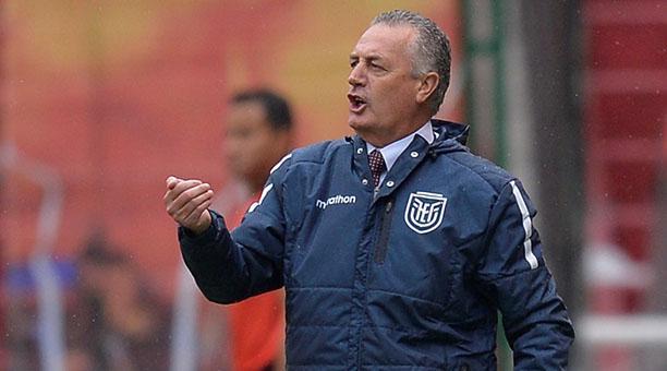 Gustavo Alfaro: 'A un país no le puedes decir que es chico, es una falta de  respeto' | Bendito Fútbol