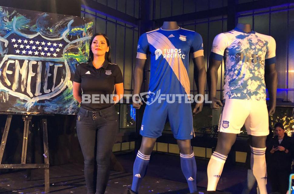 Centelleo esclavo Sesión plenaria  Emelec presentó su nueva camiseta Adidas para la temporada 2020 | Bendito  Fútbol