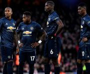 Los jugadores del Manchester United Ashley Young, Fred, Paul Pogba y Marcus Rashford reaccionan durante el partido de fútbol de la Premier League inglesa entre el Arsenal FC y el Manchester United en el Emirates Stadium en Londres, Gran Bretaña, el 10 de